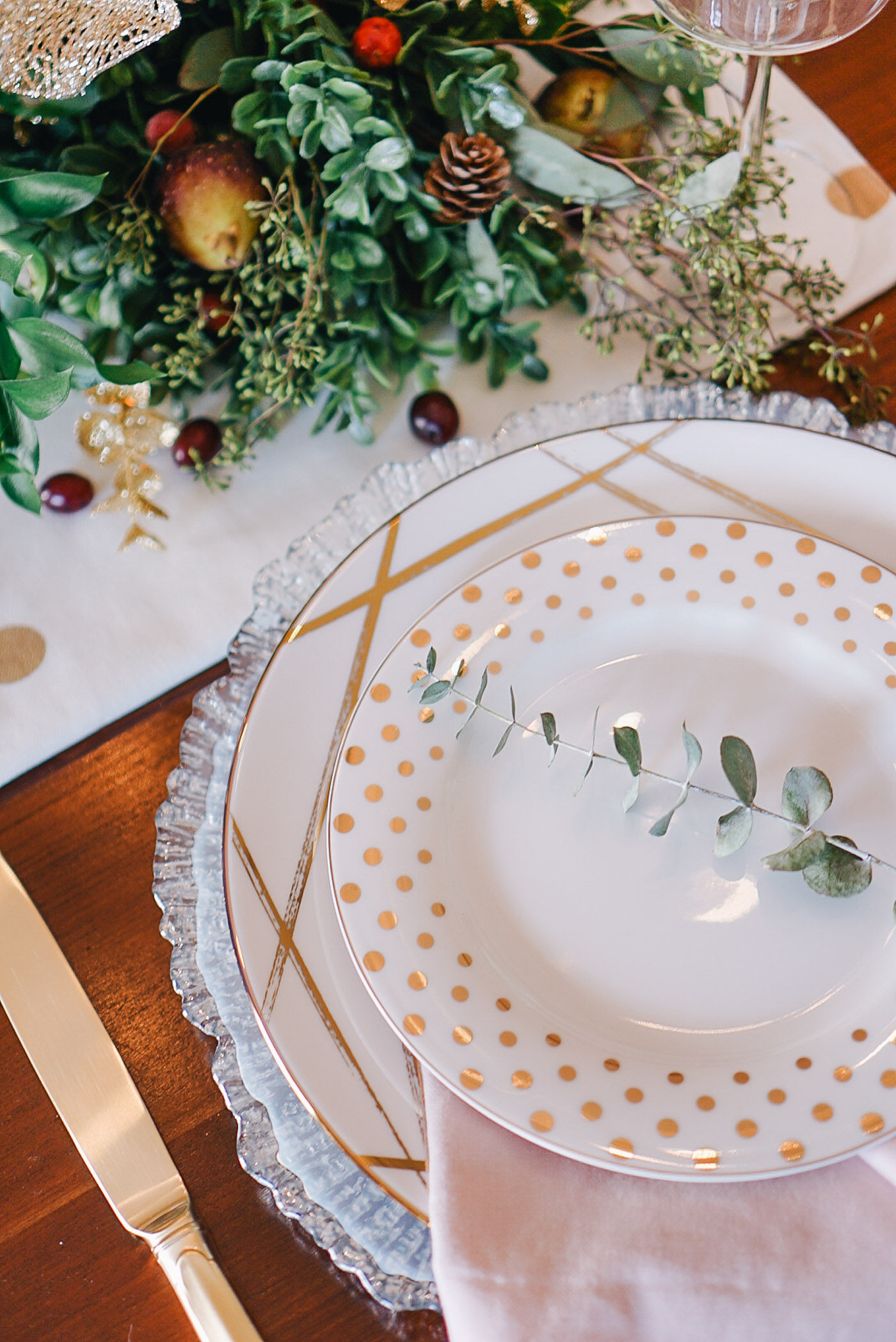 An easy DIY to create your own lush garland table runner by Lauren Cermak of the Southern lifestyle blog, Going For Grace.