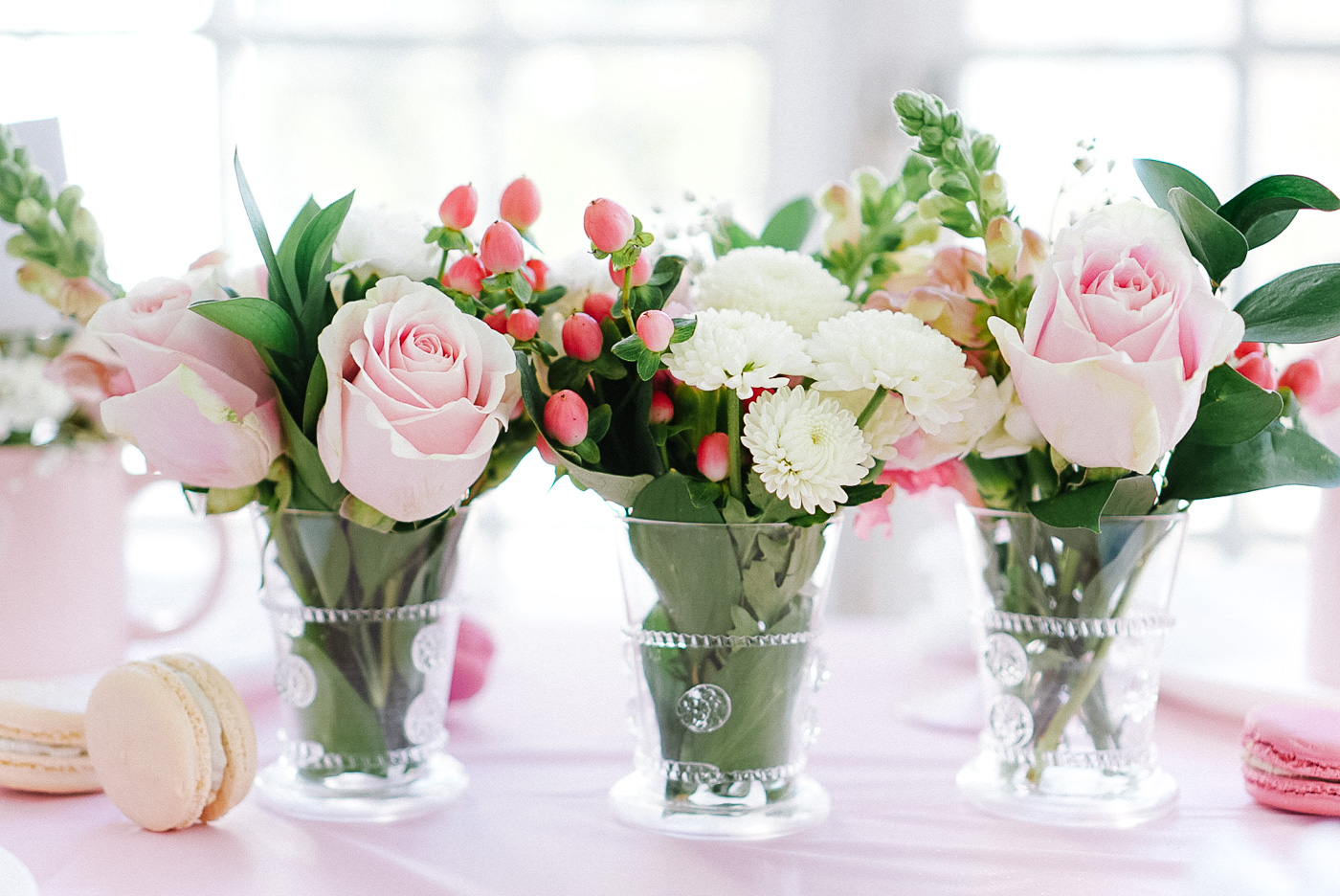 soft-pink-valentines-day-table