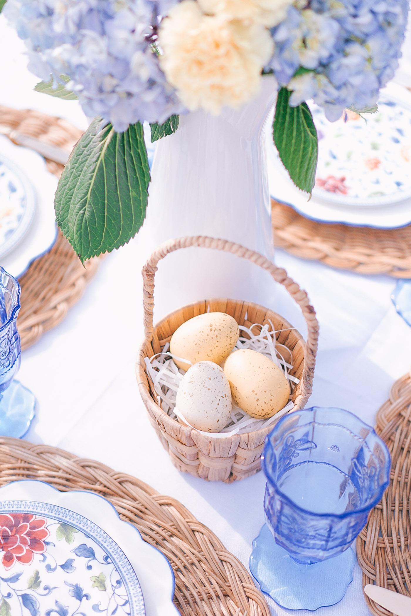 blue-white-easter-inspiration