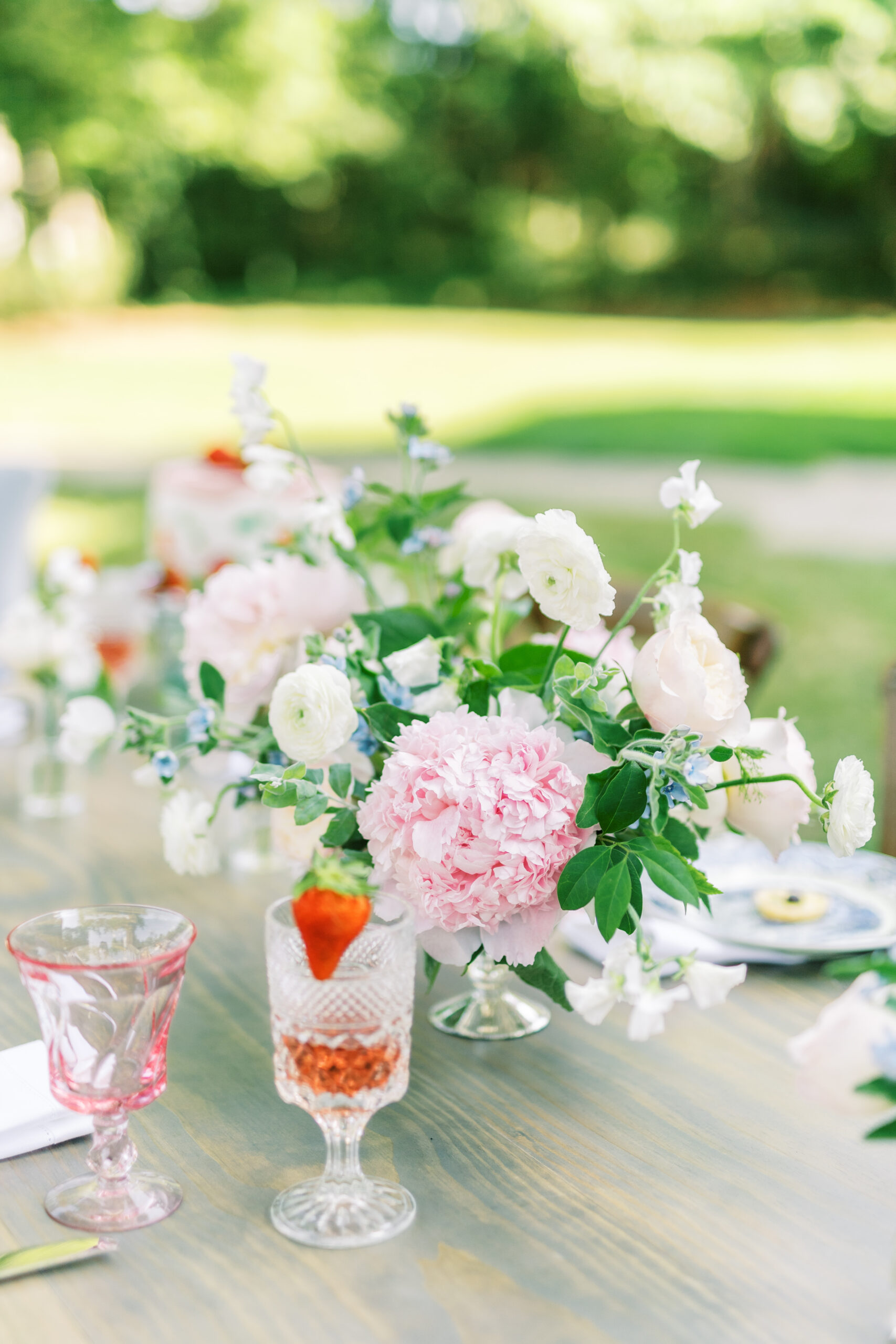 quintessential-summer-garden-party