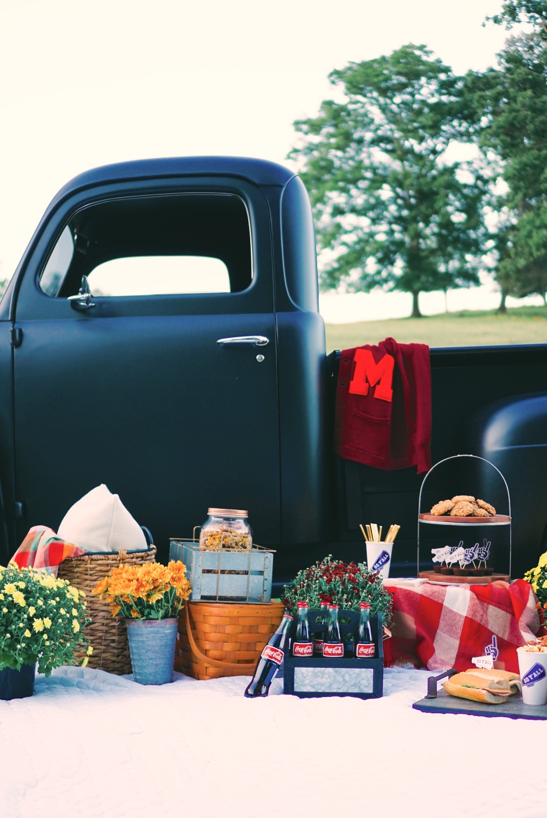 a-vintage-tailgate
