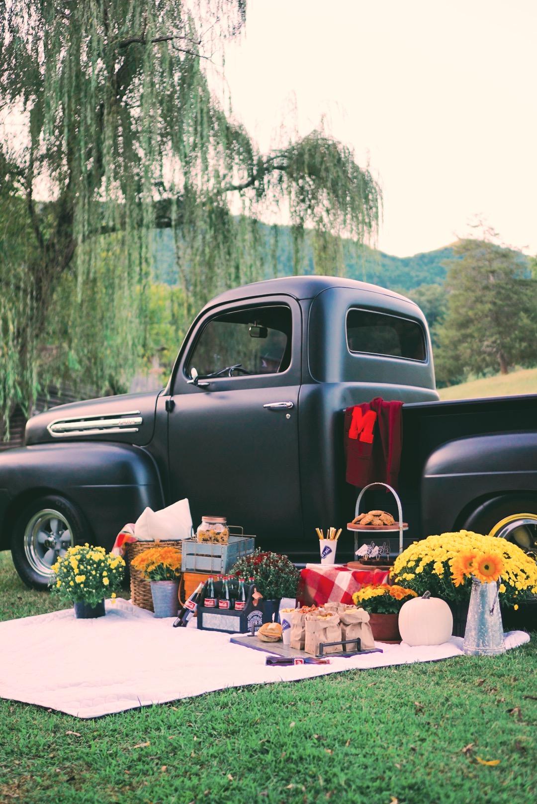 a-vintage-tailgate