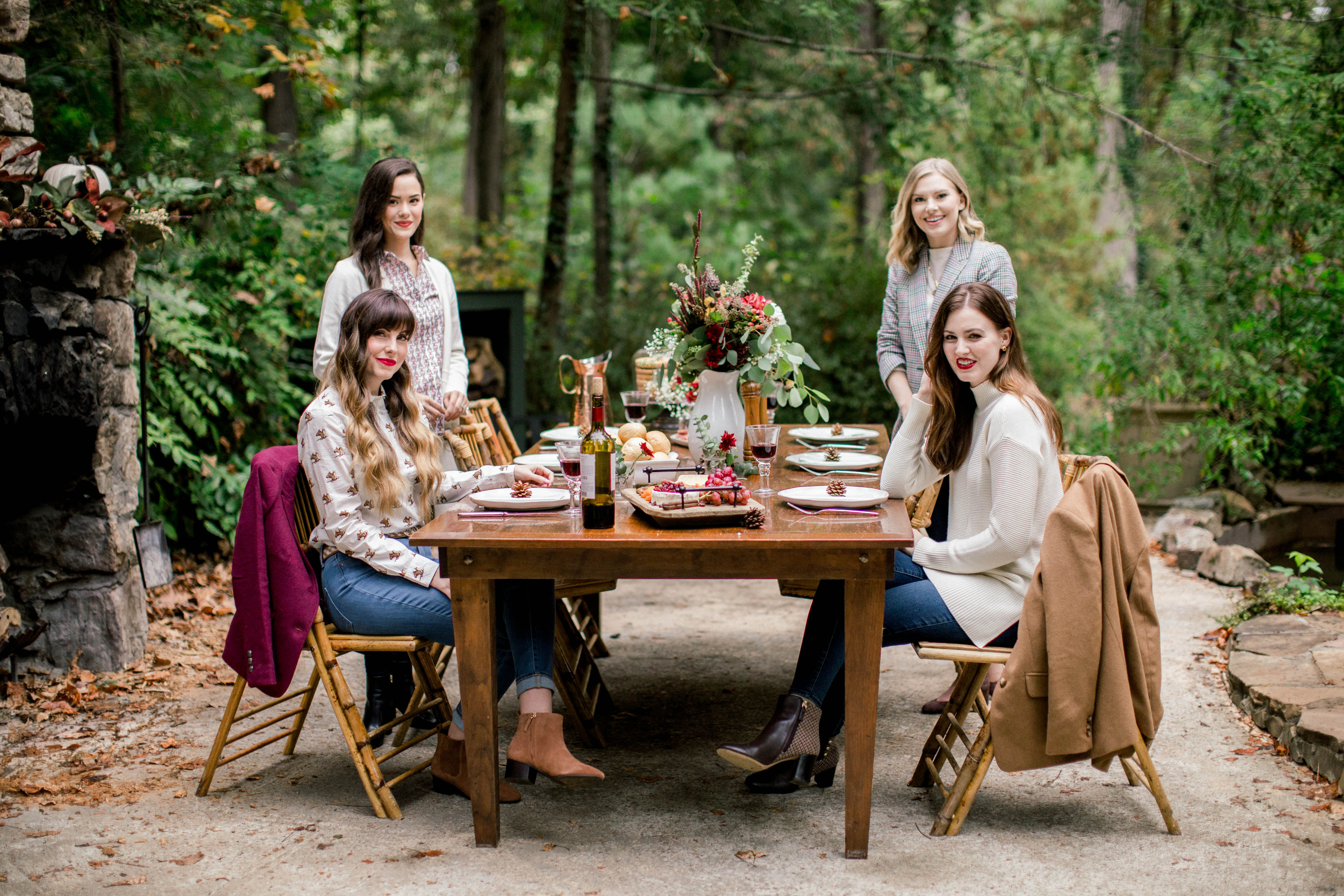 outdoor-fall-thanksgiving-tablescape