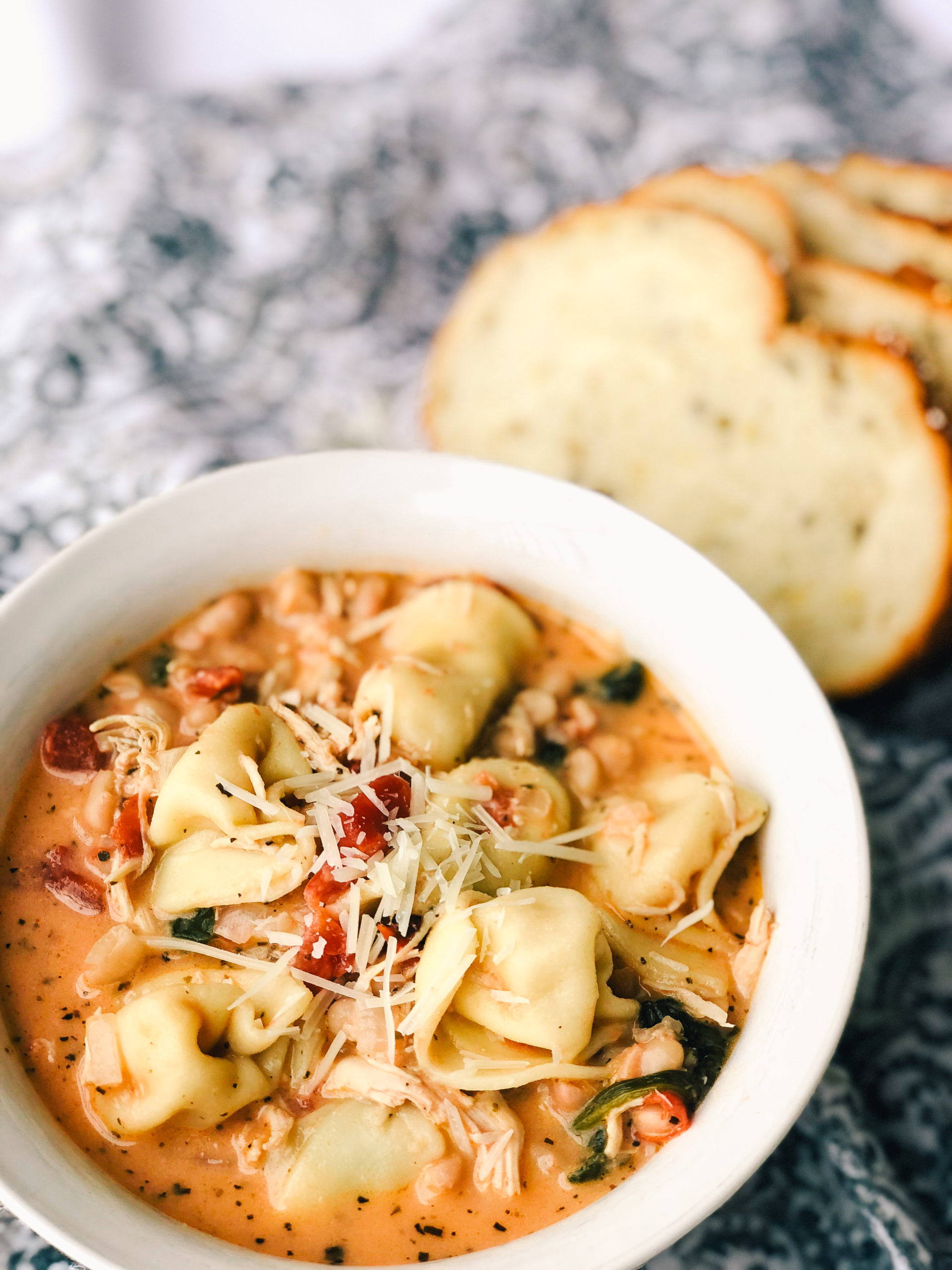 tuscan-tortellini-soup