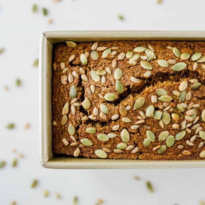 healthy-pumpkin-oatmeal-bread