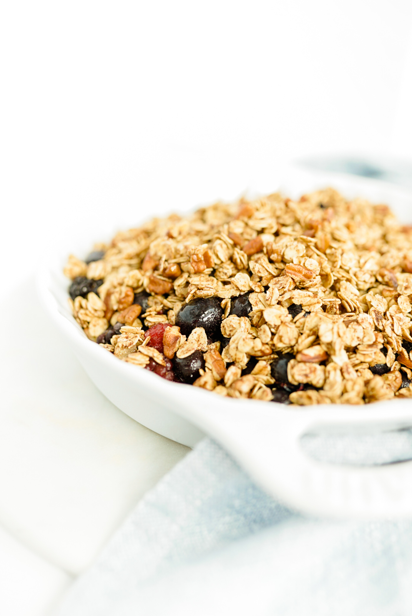 healthy-berry-crisp